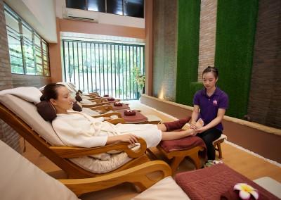 Foot-Massage-001