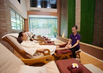 Foot-Massage-002