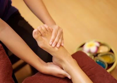 Foot-Massage-008